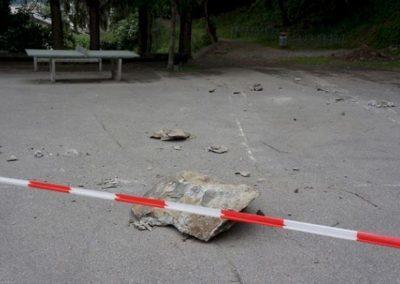 Steinschlag Pausenplatz Klosi
